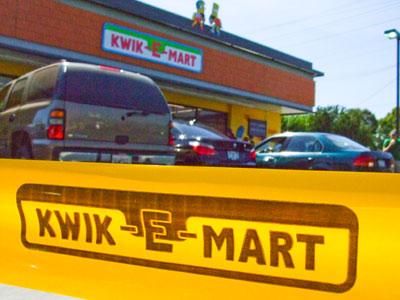 Kwik-E-Mart - Burbank